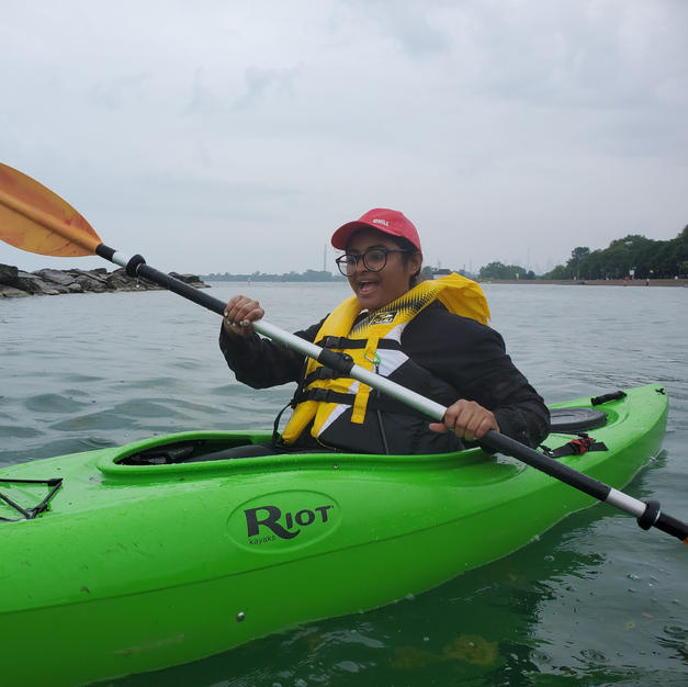 2hr Solo Sit-In Kayak rental