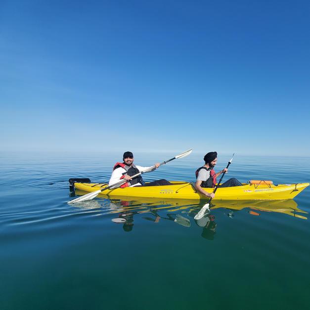 2hr Tandem Kayak rental