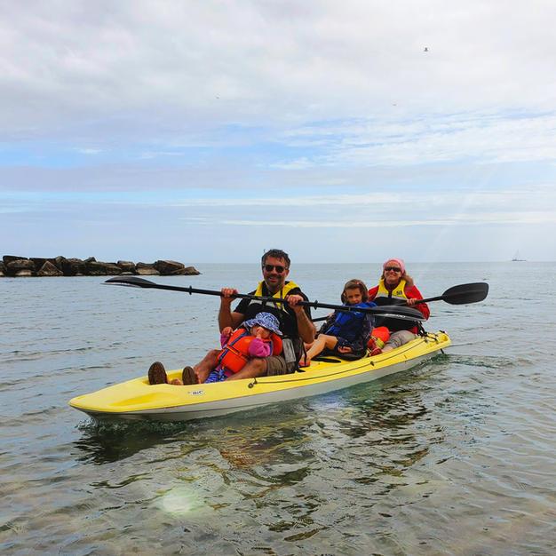 2hr Family Kayak rental