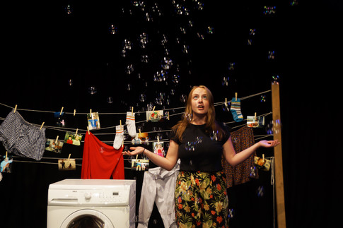 Set Design for How to Use a Washing Machine (2019)