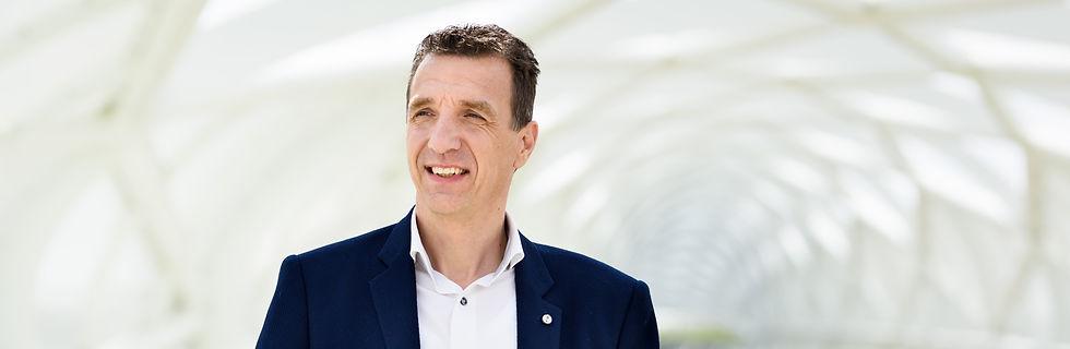 Patrick Nijhoff | No-nonsens advies om uw bedrijf te laten groeien