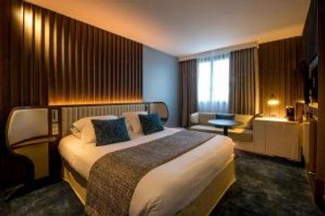 Hotel_de_la_Paix_tradition_room-300x200.