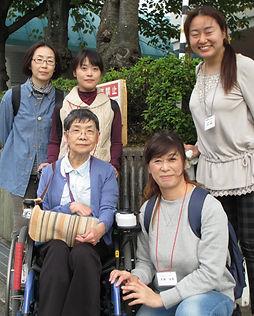 障害当事者講師と受講生さんで和気あいあいと学習を進めていきます。
