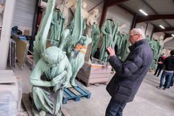 Les statuts des 12 apôtres de la cathédrale Notre Dame de Paris en restauration à la SOCRA