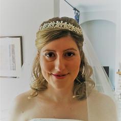 Pretty bride, hair half-up, half-down