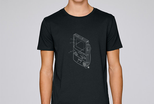 Basic T-Shirt - Retro-GameBoy