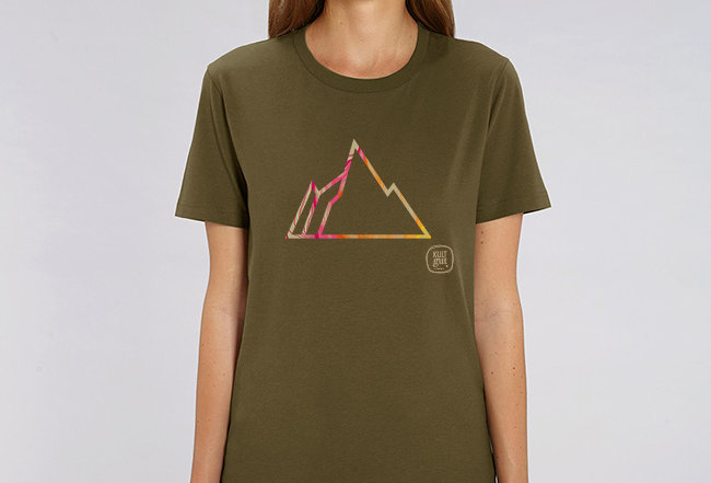 Boyfriend T-Shirt- COLORFUL MOUNTAIN