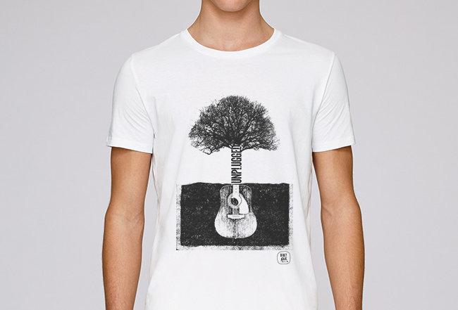 Basic T-Shirt - Unplugged