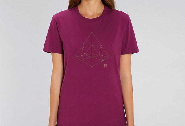 Boyfriend T-Shirt- Pyramide