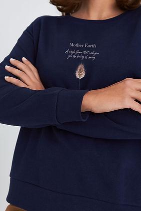 Mother-Earth_darkblue_Sweatshirt_Damen.j
