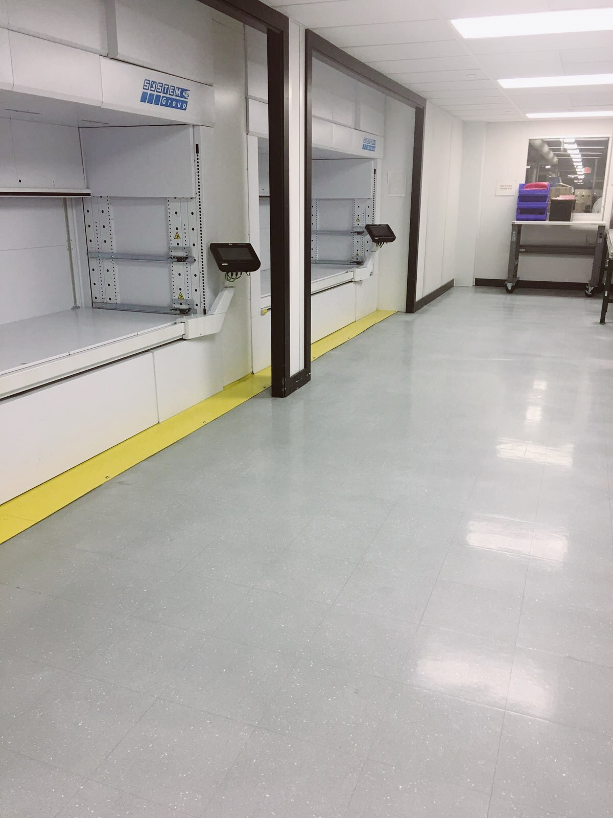 ESD Anti static floor cleaning