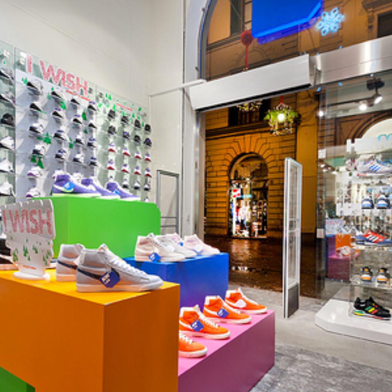 shops3_4