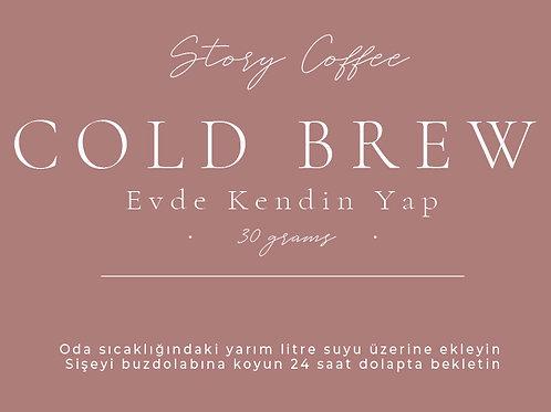 """Cold Brew """"Evde Kendin Yap"""""""