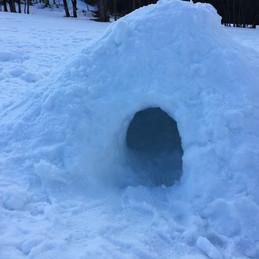 construction d'igloos en familles ou ent