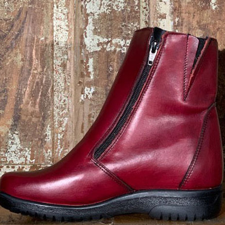 The Whistler - Twin Zip in Antique Red Leather