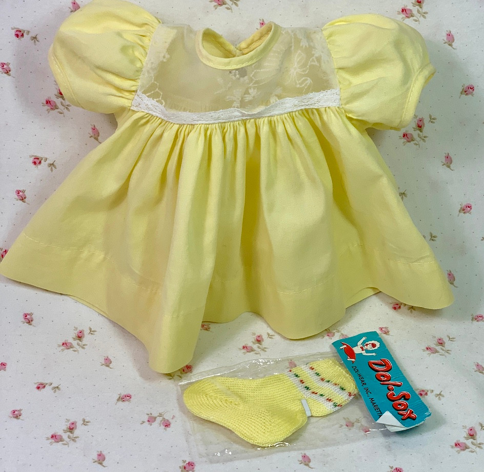 "Vintage Sunny Yellow Spring Dress for 13"" to 14"" Tiny Tears"