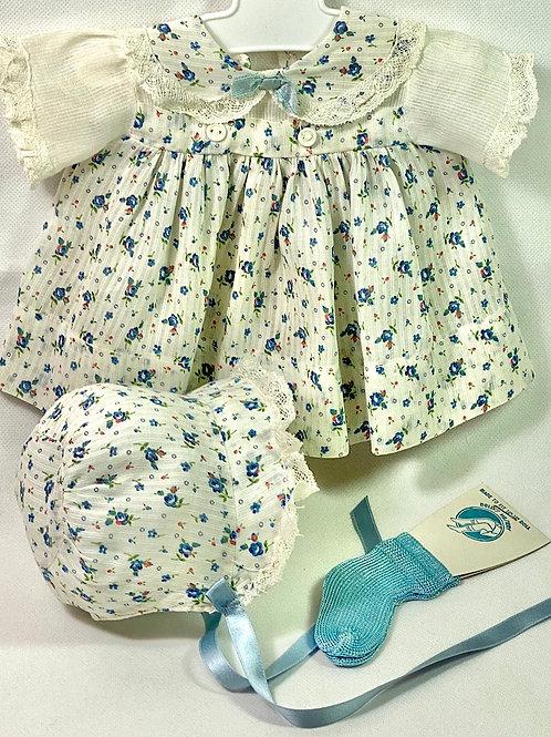 """1940s Original Effanbee 15"""" Dy-Dee Dress Set -- Blue Flowers"""