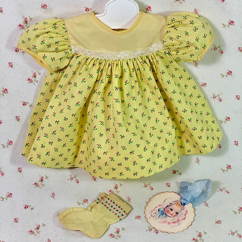 """Vintage 1950s American Character 15"""" Tiny Tears Baby Yellow FLORAL Print Dress"""