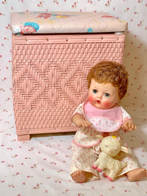 Small 1950's Vintage Baby Doll Pink Wicker Hamper or Toy Box