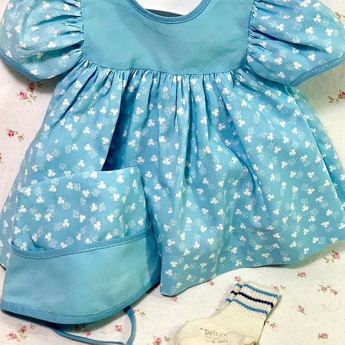 """Vintage Baby Blue Print Dress for your 15"""" Dy-Dee and Tiny Tears"""