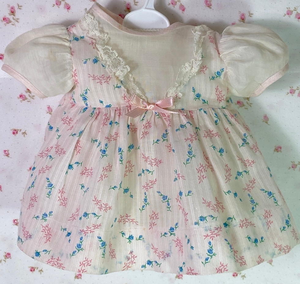 """Vintage 1950s American Character 15"""" to 16"""" Baby Pink Print Dress"""