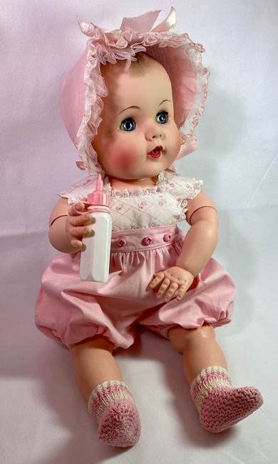 """1950s American Character Doll Co 21"""" Darling PRISTINE and MINT"""