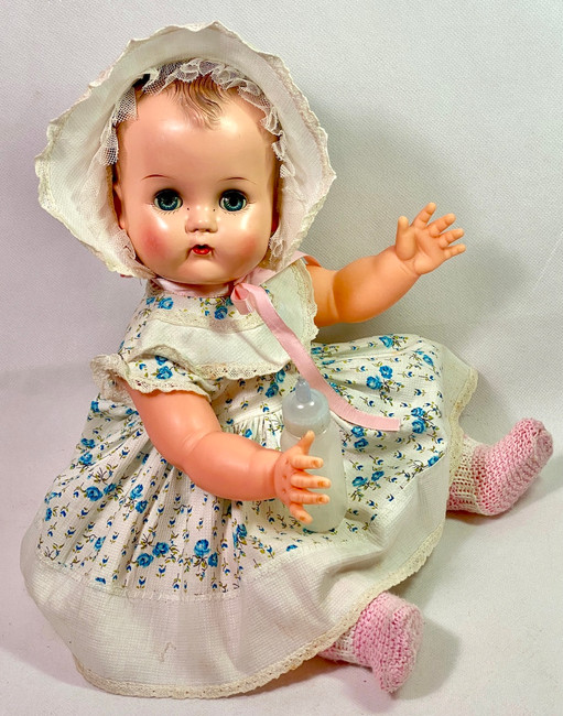 """EARLY 1950's Ideal Toy Co 14"""" BETSY WETSY Doll"""