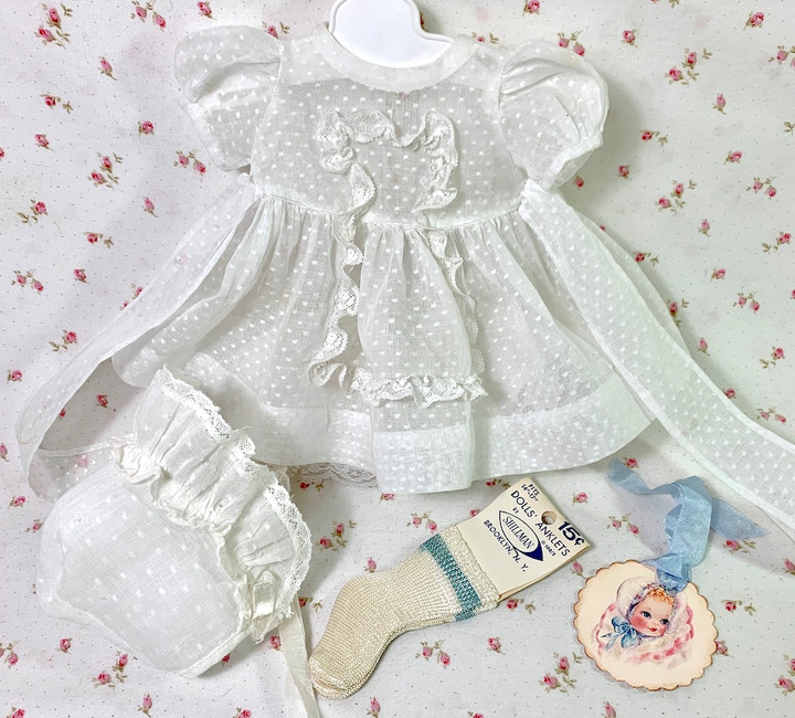 """Vintage Dotted Swiss Cotton Dress and Bonnet Set for 13"""" to 14"""" Dolls"""