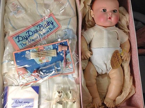 Vintage 1940's Effanbee Dy-Dee Jane  Baby Doll Mint in Box