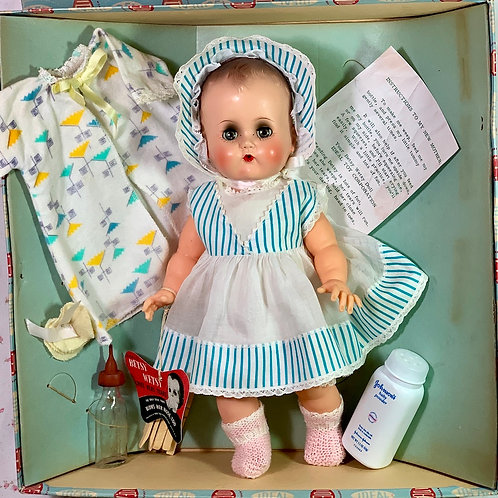 "1950's Ideal Toy Co 14"" BETSY WETSY Doll -- All Original -- Mint in Box"