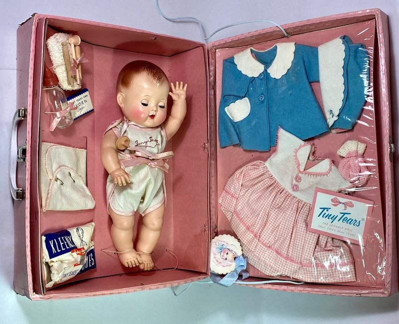 "MINT 13"" TINY TEARS doll 1950's w/ Original Layette in Case"