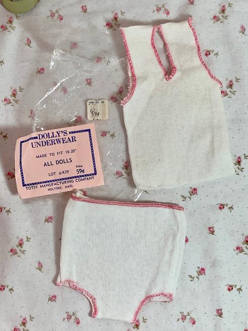 """Vintage NOS Underwear Set for 15"""" to 19"""" Dolls"""