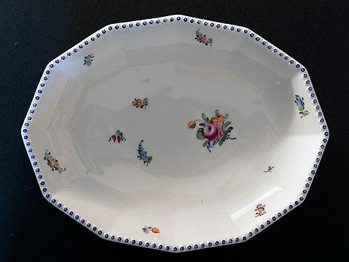 MO.10 – Piatto in porcellana, Nymphenburg, ø cm 22x17