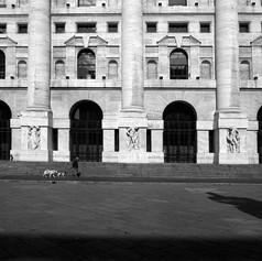 Piazza degli Affari 2.jpg