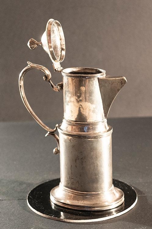 S.02 – Caffettiera in argento