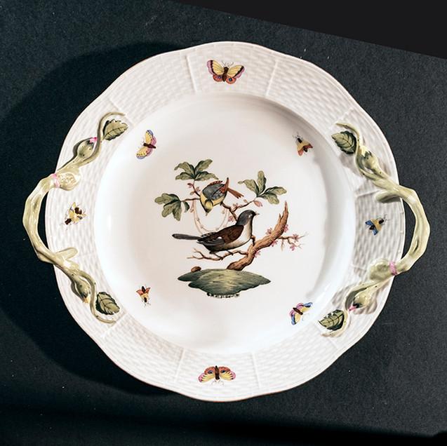 Piatto di porcellana, cm 25, manifattura Herend, Ungheria, XX secolo