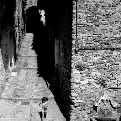 1981 Dolceacqua (IM).jpg