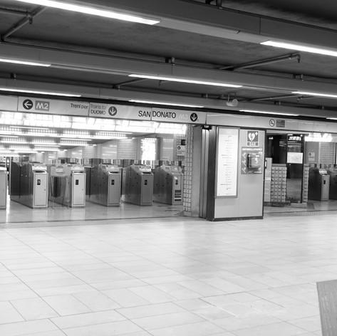 Metropolitana Stazione Centrale.jpg