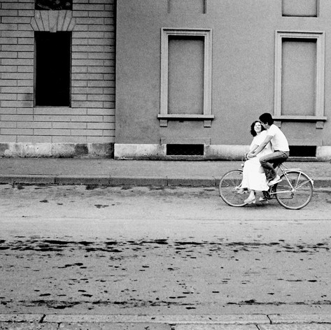 1976 Milano, via Palestro, matrimonio.jp