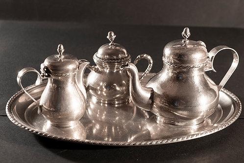 S.01 – Caffettiera, lattiera e zuccheriera  in argento