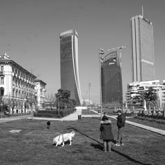 Piazzale Giulio Cesare.jpg