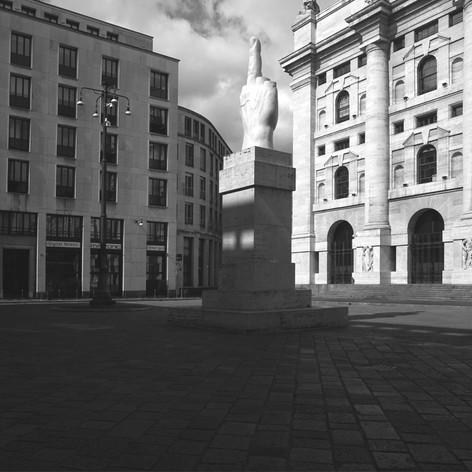 Piazza degli Affari 1.jpg