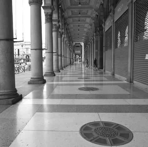 Portici di Piazza del Duomo.jpg