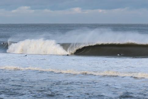 Surfing 23.jpg