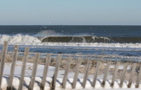 Waves 02.jpg