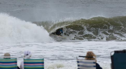 Surfing 05.jpg