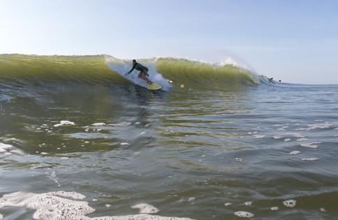 Surfing 08.jpg