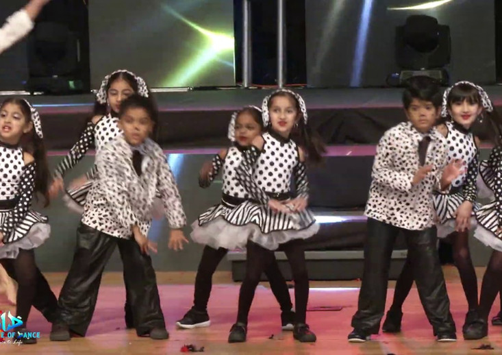 Bollywood kids 4-6 years