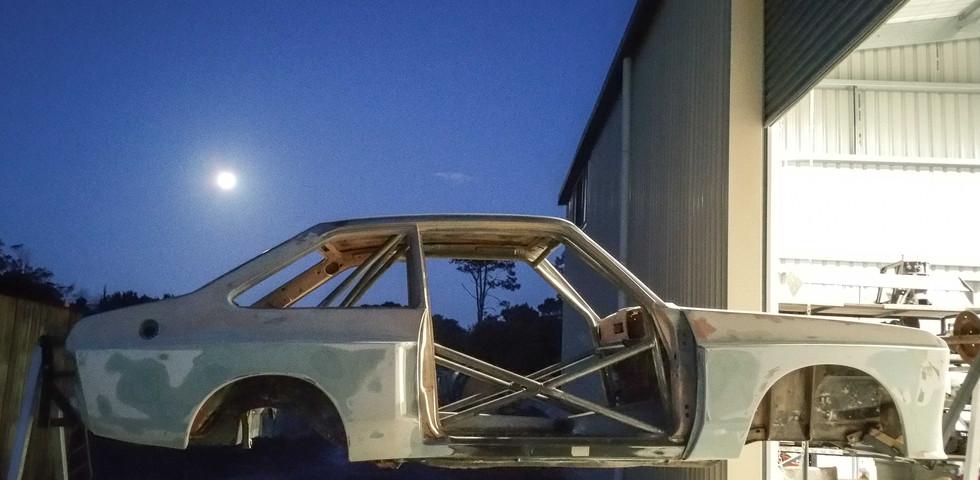 Prep- Mkii Escort complete body/steel work prior to paint