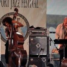 Esperanza Spaulding & Bob at Newport Jaz